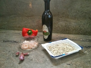 Ingredientes de las gulas al ajillo